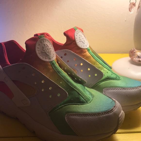 Nike Shoes | Air Multi Color Huaraches